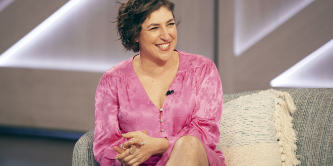 mayim-bialik's-'jeopardy!'-guest-hosting-debut-gets-rave-reviews-from-viewers,-herself
