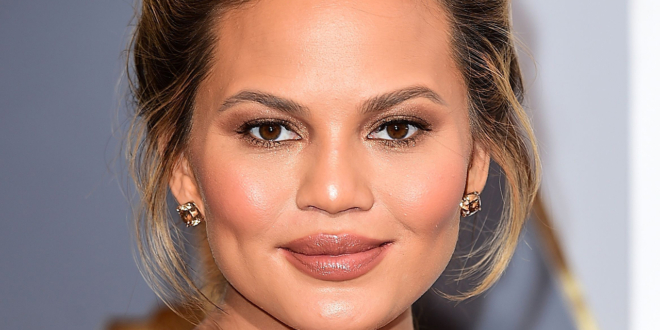 chrissy-teigen-backs-out-of-netflix's-'never-have-i-ever'-voice-role-after-cyberbullying-scandal