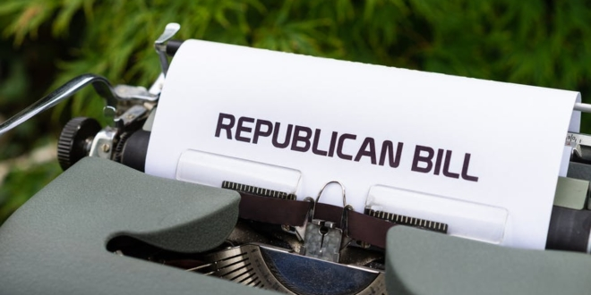 senate-gop-reelection-committee-chair-says-americans-'scared-to-death'-over-inflation
