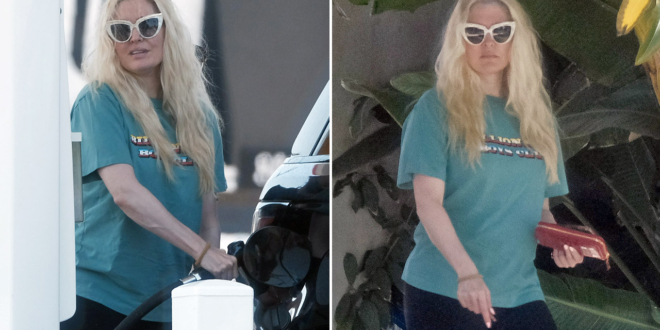 erika-jayne-hits-back-at-criticism-of-her-casual-appearance-amid-legal-troubles:-'apparently-it's-a-big-deal'