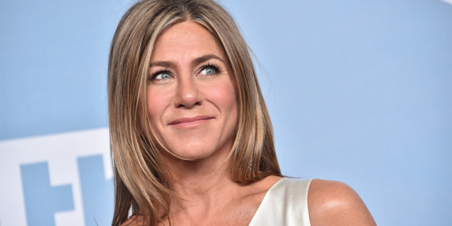 jennifer-aniston-says-she's-'in-a-really-peaceful-place'-after-'a-lot-of-therapy':-i'm-a-'blessed-human-being'
