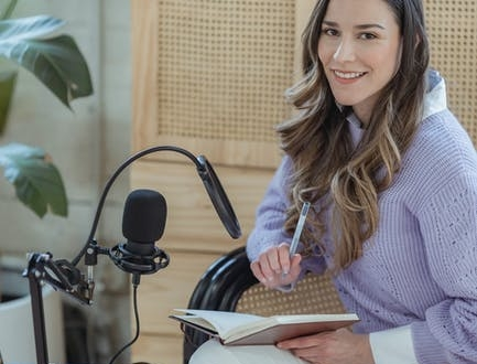 why-the-blue-yeti-microphone-is-one-of-the-best-gadgets-i've-ever-bought