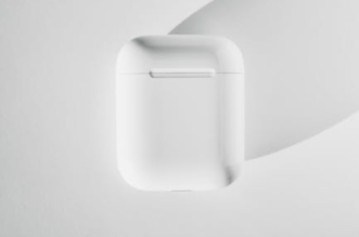 apple-airpods-max-are-now-at-an-all-time-low-price-—-but-only-for-today