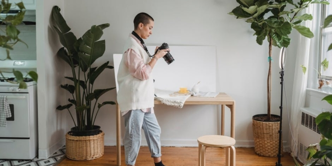 the-best-standing-desks-you'll-actually-want-to-use-in-the-office