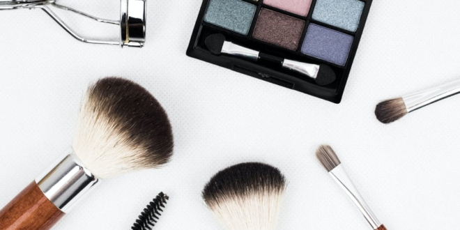 24-of-the-best-beauty-products-on-amazon-that-are-worth-adding-to-cart
